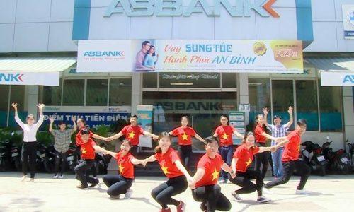 VPBank, ABBank đồng loạt kỷ niệm 25 năm thành lập