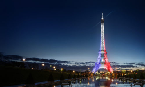 Brands and Euro (13): ORANGE NHUỘM EFFIEL BẰNG QUỐC KÌ