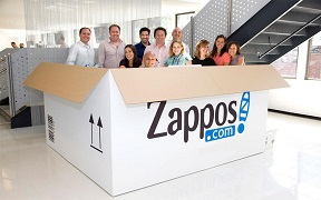"""Talent Hug (3): Zappos tạo điểm khác biệt bằng văn phòng làm việc siêu """"cá tính"""""""