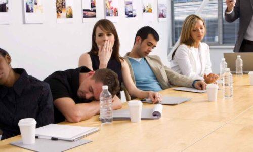 Nhân viên thiếu gắn kết trong tổ chức – Sai lầm từ đâu?
