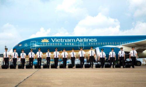 Kỷ yếu Đoàn bay Vietnam Airlines: Câu chuyện của những sứ giả bầu trời